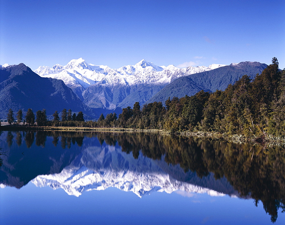 Lake Matheson and Mount Cook, Southern Alps, South Island, New Zealand, Pacific