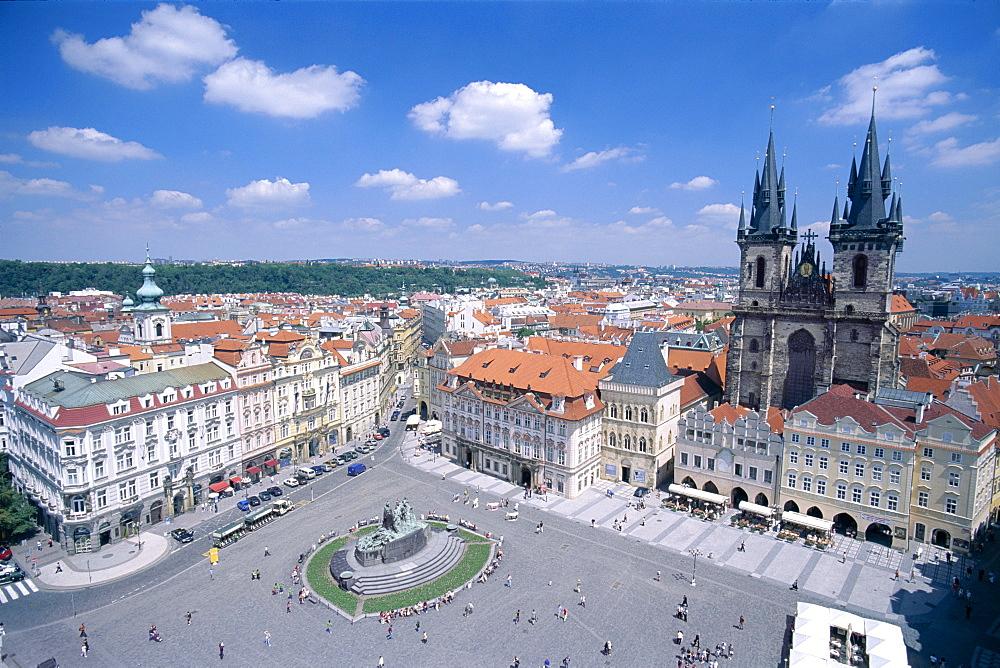 The Old Town Square (Staromestske namesti), Prague, UNESCO World Heritage Site, Czech Republic, Europe