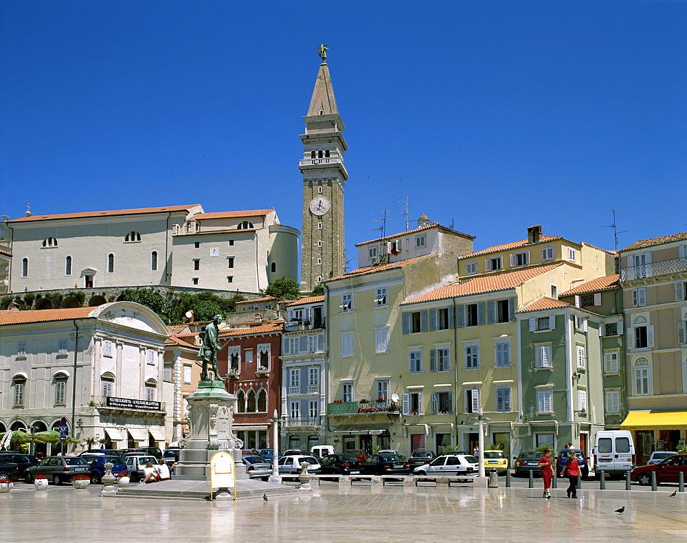 Town Square, Piran, Primorska Region, Slovenia, Europe