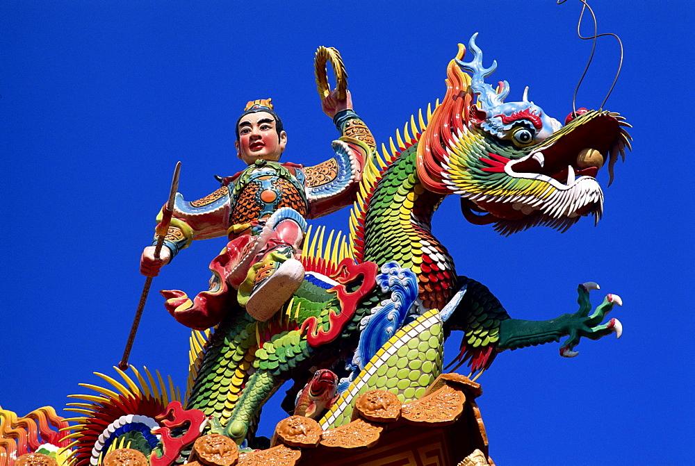 Dragon statue at Tianhou Temple, Cijin Island, Kaohsiung, Taiwan, Asia - 834-518