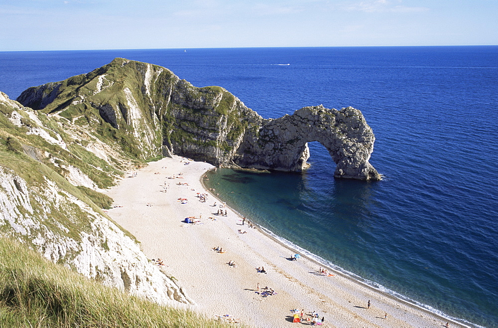 Durdle Door and Beach, Dorset, Jurassic Coast, UNESCO World Heritage Site, England, United Kingdom, Europe