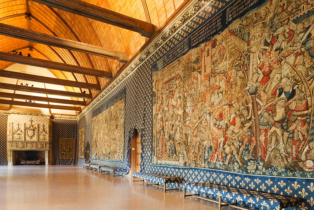 The Tau Room with tapestries depicting the life of Clovis, Tau Palace, UNESCO World Heritage Site, Reims, Champagne, France, Europe