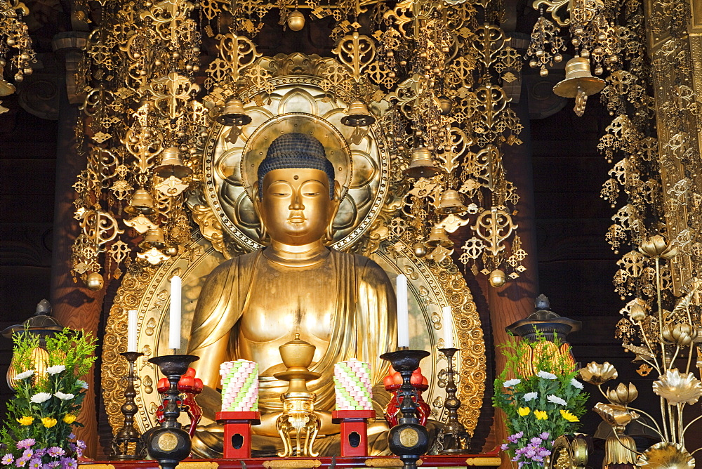 Buddha statue, Chion-in Temple, Higashiyama, Kyoto, Japan, Asia - 834-6529