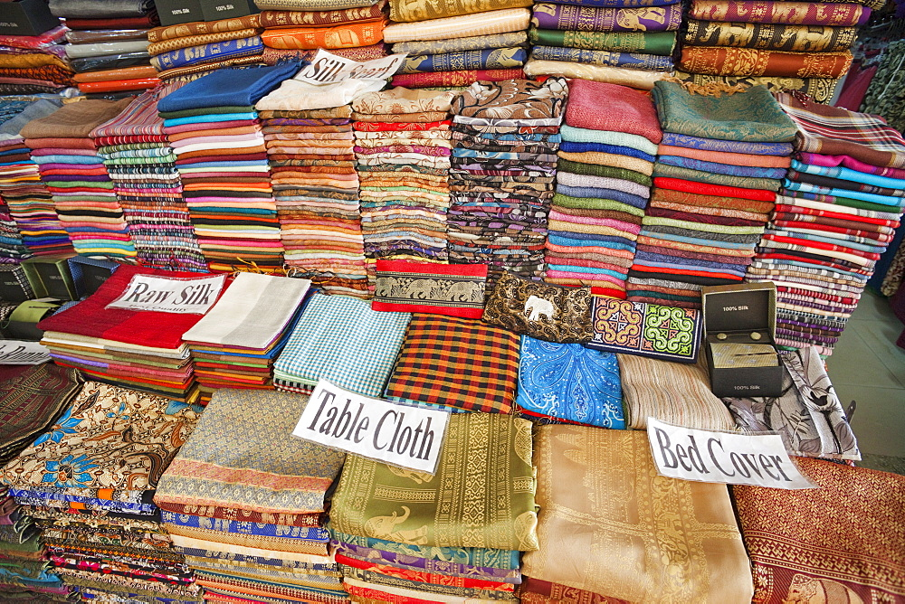 Material and silk shop, The Old Market, Siem Reap, Cambodia, Indochina, Southeast Asia, Asia
