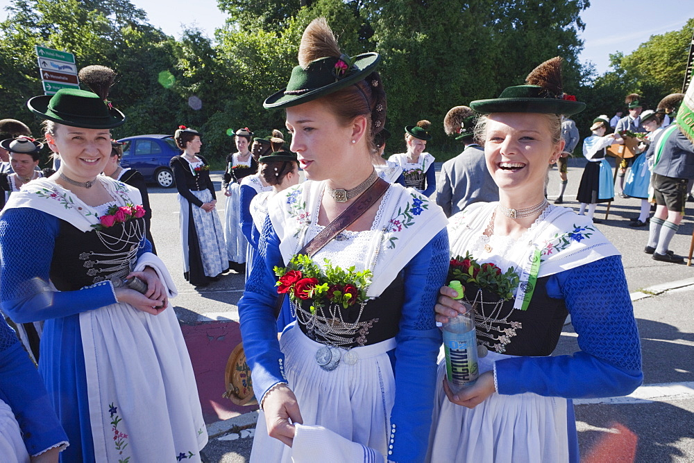 Girls in traditional Bavarian costume at Folklore Festival, Burghausen, Bavaria, Germany, Europe - 834-7177
