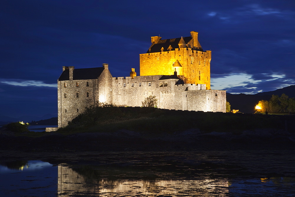 Eilean Donan Castle illuminated at night, Highlands, Scotland, United Kingdom, Europe - 834-7200