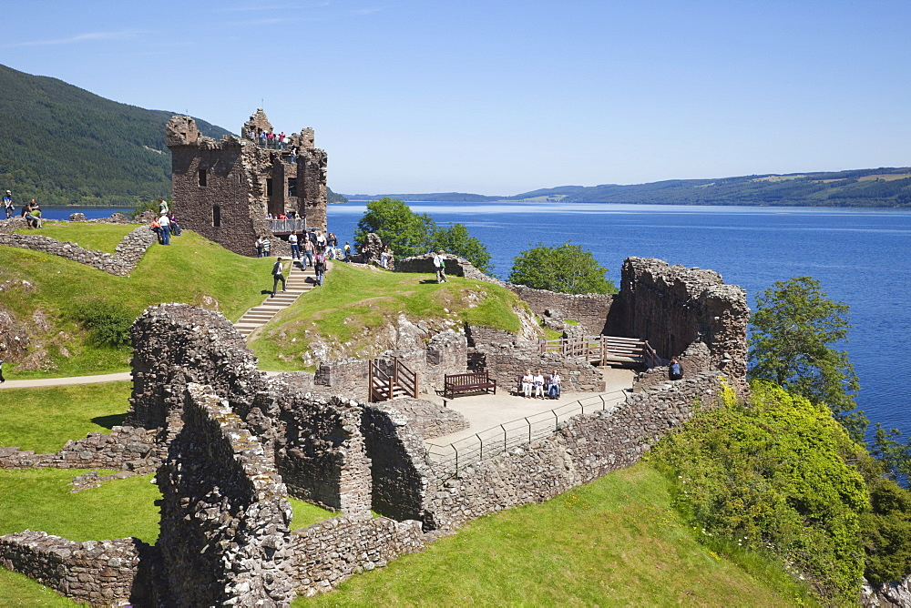 Urquhart Castle, Loch Ness, Highlands, Scotland, United Kingdom, Europe - 834-7204