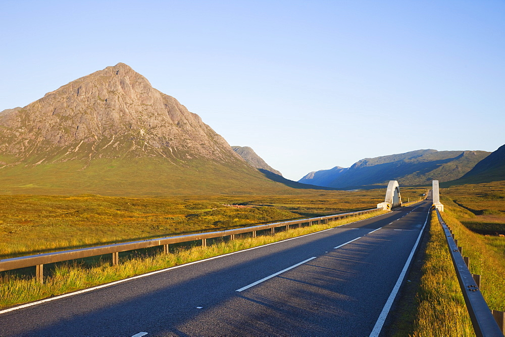 Empty road and Buchaille Etive Mor, Glen Coe, Highlands, Scotland, United Kingdom, Europe - 834-7215