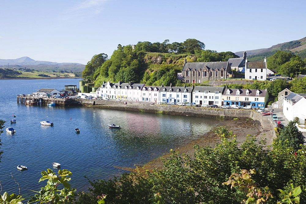 Portree, Isle of Skye, Inner Hebrides, Scotland, United Kingdom, Europe - 834-7226