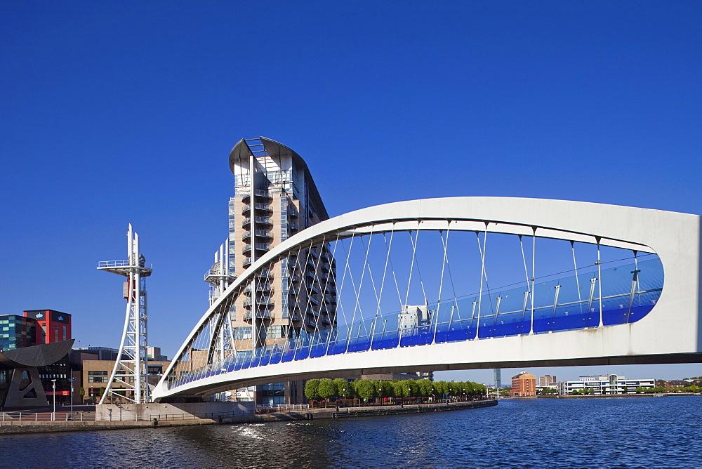 Millennium Bridge, Salford Quays, Manchester, England, United Kingdom, Europe