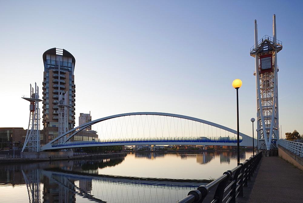 Millennium Bridge. Salford Quays, Manchester, England, United Kingdom, Europe