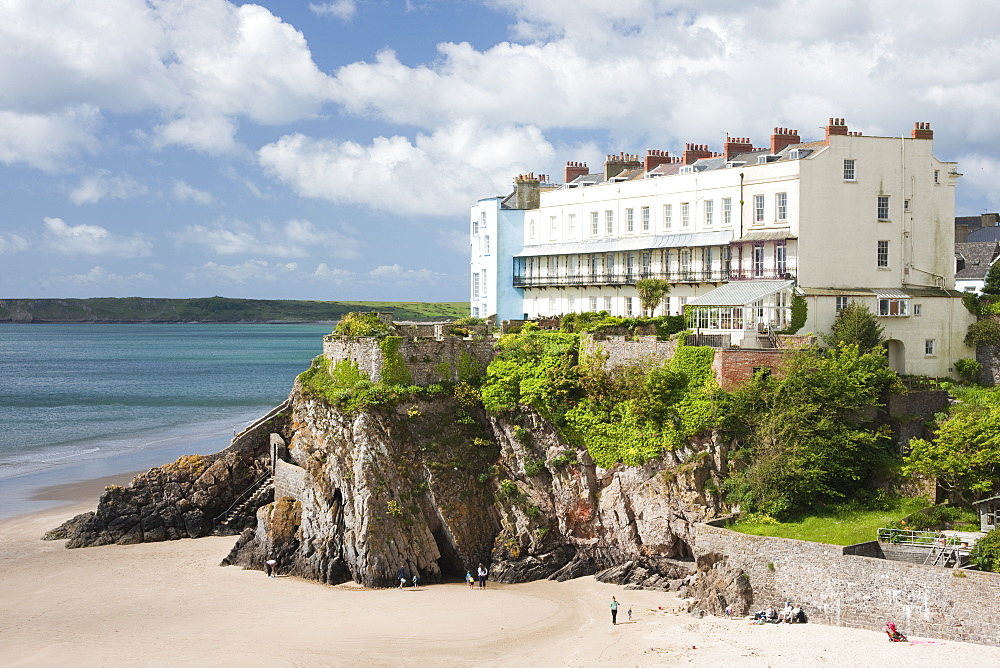 South Beach, Tenby, Pembrokeshire, Wales, United Kingdom, Europe - 835-72