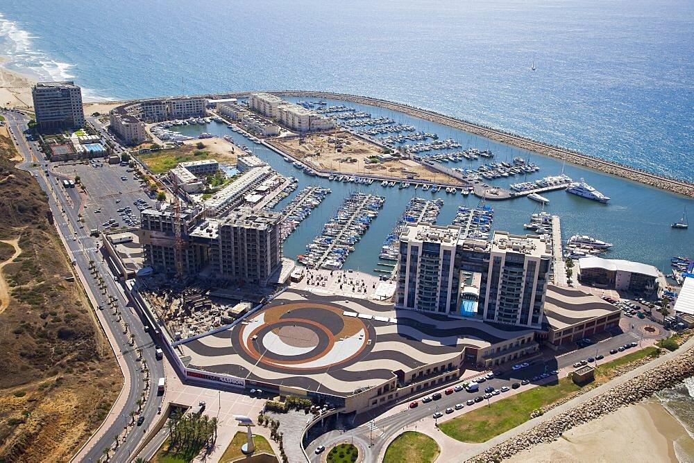 The Marina of Herzliya on the Coastal Plain - 837-1115