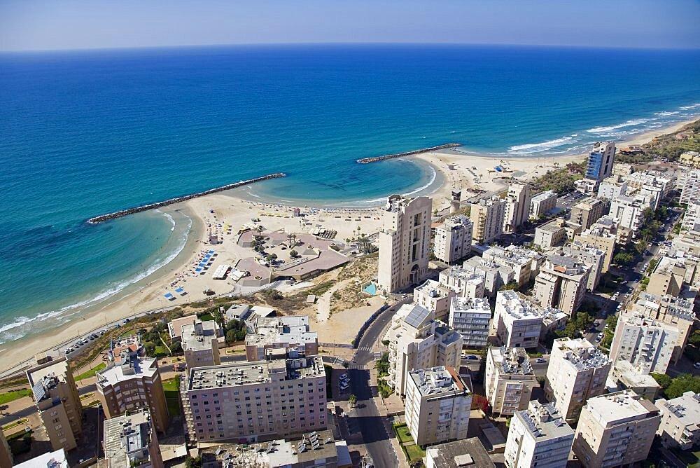 The city of Netanya on the Coastal Plain - 837-1122