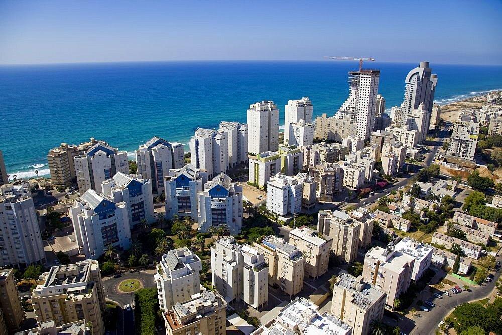 The city of Netanya on the Coastal Plain - 837-1124