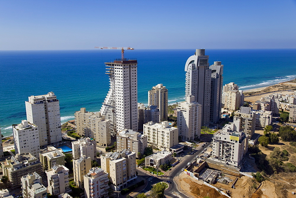 The city of Netanya on the Coastal Plain - 837-1125
