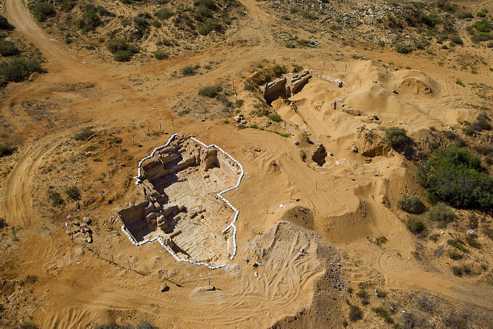 An archaeological excavation near the modern city of Or Akiva on the Coastal Plain - 837-1127