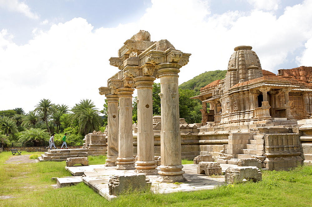 The Sas-Bahu Temples consisting of two temples and a stone archway with exquisite carvings depicting Hindu deities, near Udaipur, Rajasthan, India, Asia - 839-69