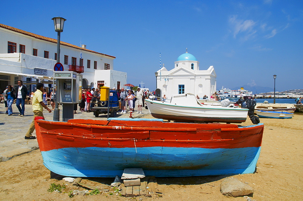 White chapel with blue dome, beach and boats, Hora, Mykonos, Cyclades, Greek Islands, Greece, Europe
