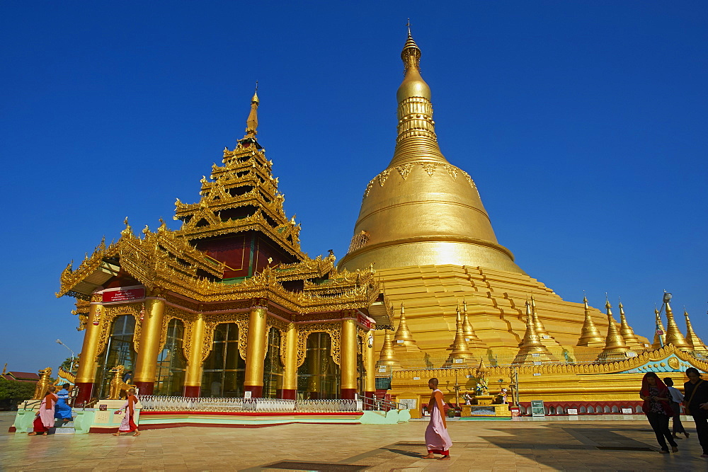 Shwemawdaw Pagoda, Bago (Pegu), Myanmar (Burma), Asia