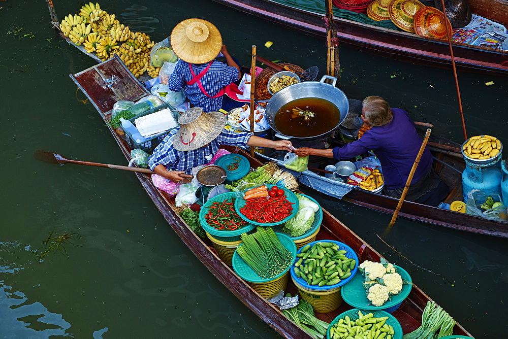 Floating market, Damnoen Saduak, Ratchaburi Province, Thailand, Southeast Asia, Asia - 841-1478