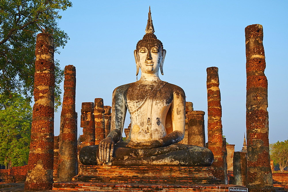 Wat Mahatat, Sukhothai Historical Park, UNESCO World Heritage Site, Sukhothai, Thailand, Southeast Asia, Asia - 841-1502