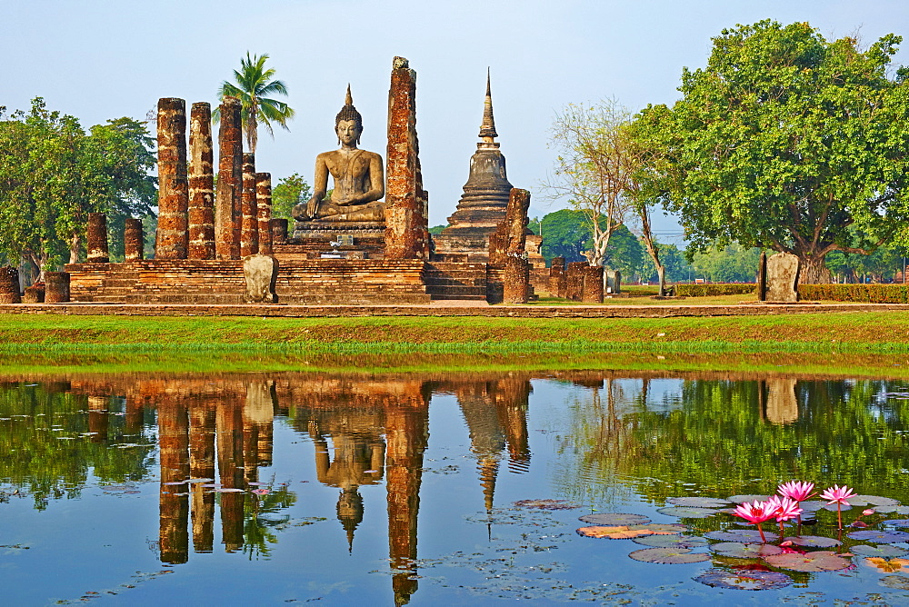 Wat Mahatat, Sukhothai Historical Park, UNESCO World Heritage Site, Sukhothai, Thailand, Southeast Asia, Asia - 841-1511