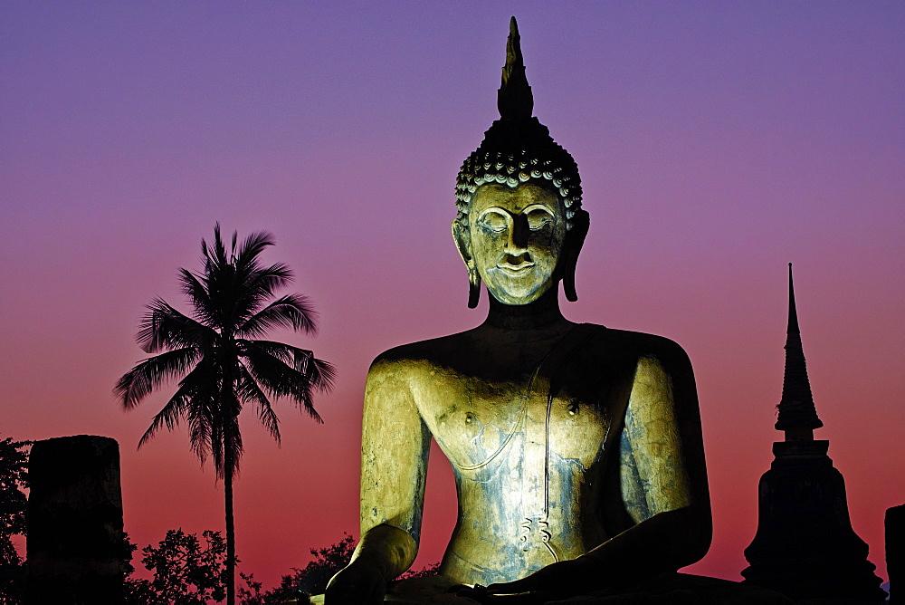 Wat Mahatat, Sukhothai Historical Park, UNESCO World Heritage Site, Sukhothai, Thailand, Southeast Asia, Asia - 841-1515