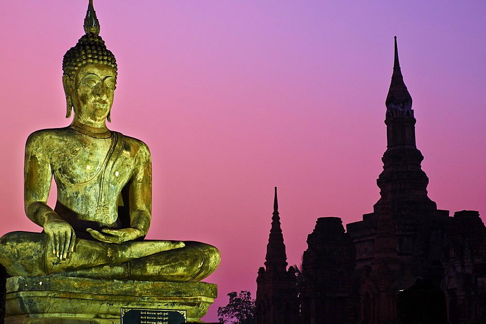Wat Mahatat, Sukhothai Historical Park, UNESCO World Heritage Site, Sukhothai, Thailand, Southeast Asia, Asia - 841-1523