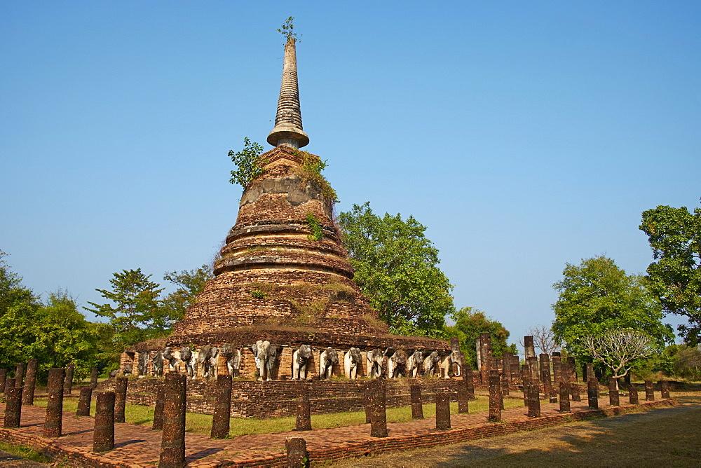 Wat Chang Lom, Sukhothai Historical Park, UNESCO World Heritage Site, Sukhothai, Thailand, Southeast Asia, Asia - 841-1526