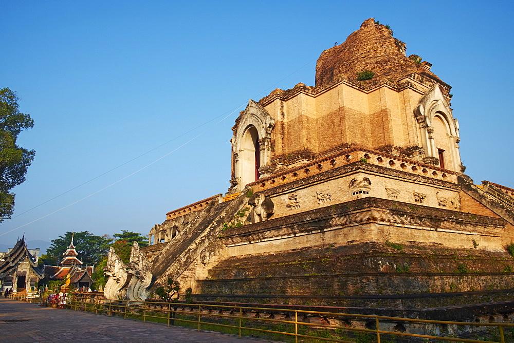 Wat Chedi Luang, Chiang Mai, Thailand, Southeast Asia, Asia - 841-1538