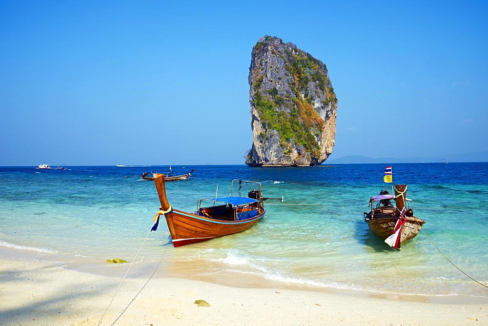 Ao Phra Nang Bay, Ko Poda Island, Krabi Province, Thailand, Southeast Asia, Asia - 841-1557