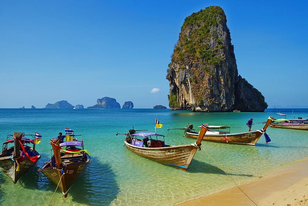 Ao Phra Nang Bay, Railay Beach, Hat Tham Phra Nang Beach, Krabi Province, Thailand, Southeast Asia, Asia - 841-1561