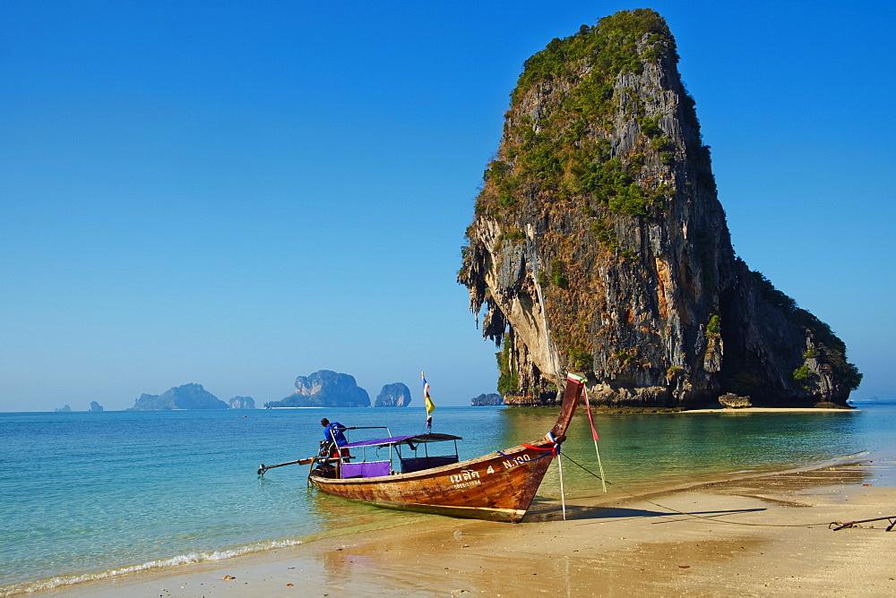Ao Phra Nang Bay, Railay Beach, Hat Tham Phra Nang Beach, Krabi Province, Thailand, Southeast Asia, Asia - 841-1562