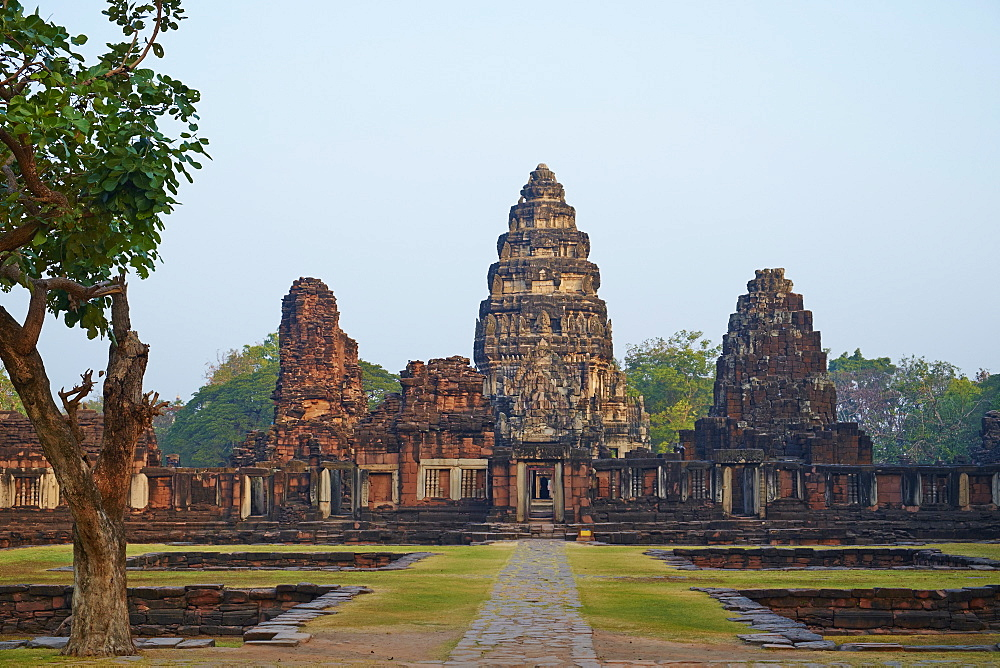 Phimai Khmer Temple, Ratchasima Province, Thailand, Southeast Asia, Asia - 841-1572