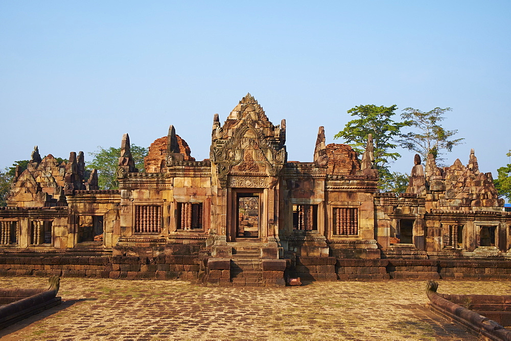 Muang Tham Temple, Khmer temple from period and style of Angkor, Buriram Province, Thailand, Southeast Asia, Asia - 841-1582