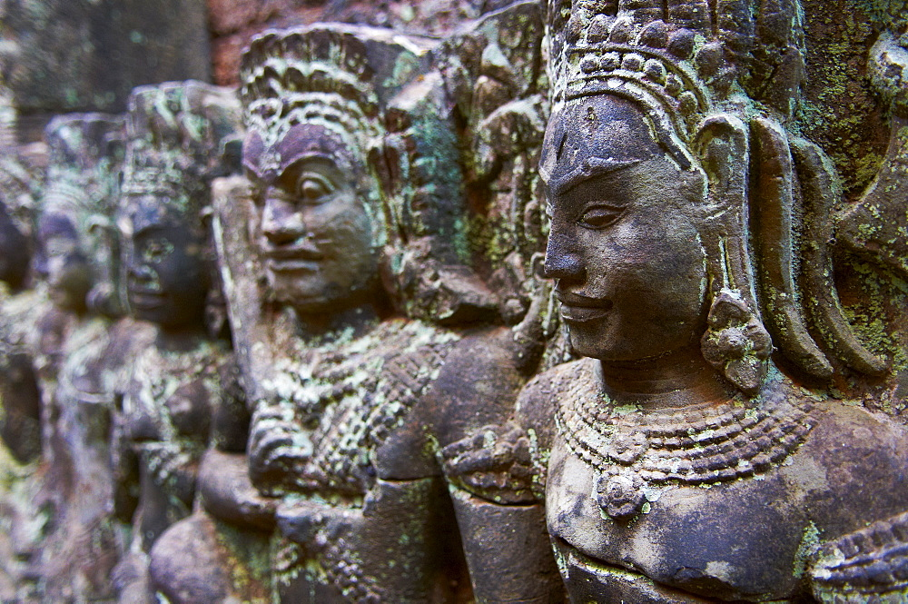 Relief sculpture of Apsara and divinity, Terrace of Leprous King, Angkor Thom, Angkor, UNESCO World Heritage Site, Siem Reap, Cambodia, Indochina, Southeast Asia, Asia