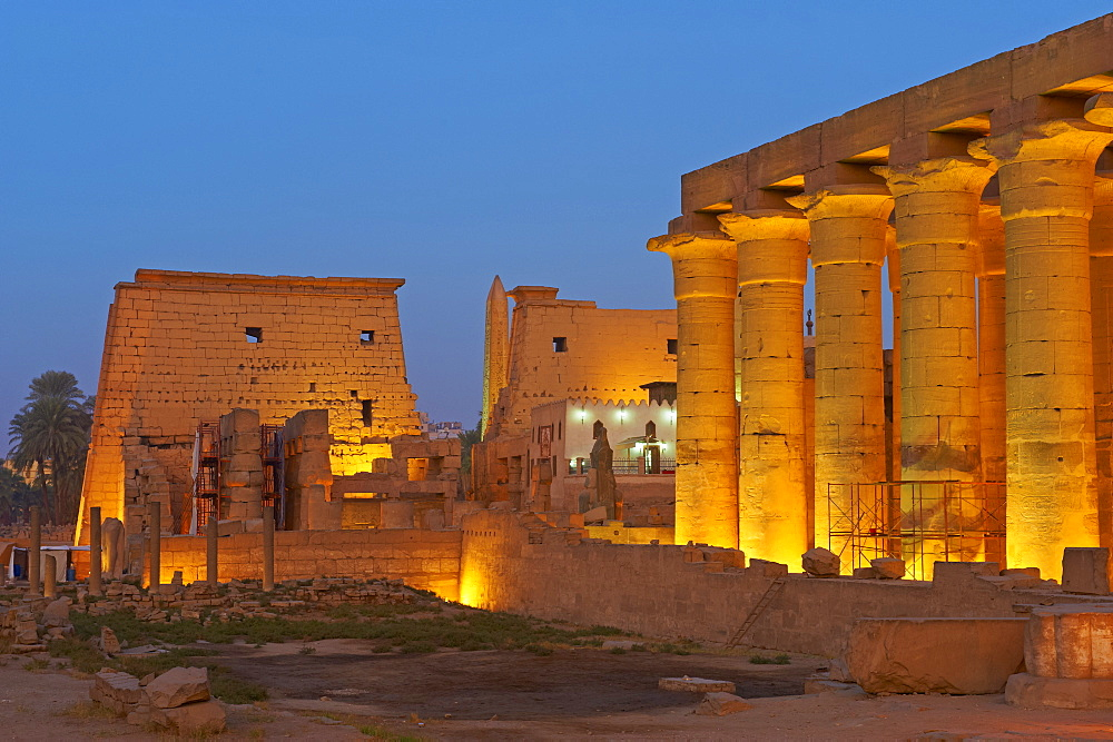 Temple of Luxor, Thebes, UNESCO World Heritage Site, Egypt, North Africa, Africa