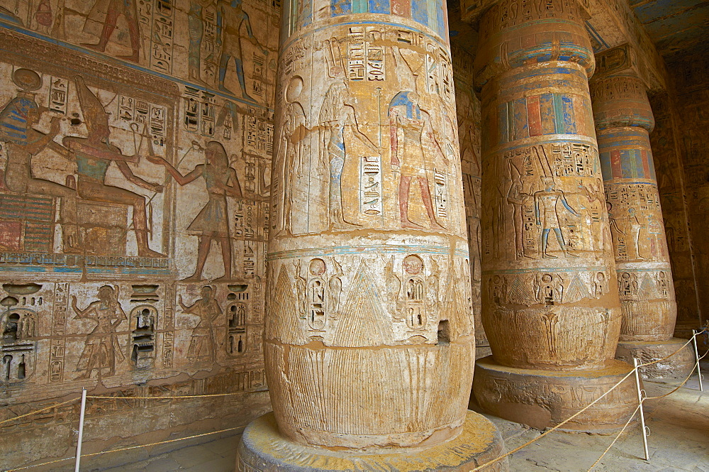 Medinet Habou temple, West Bank of the River Nile, Thebes, UNESCO World Heritage Site, Egypt, North Africa, Africa