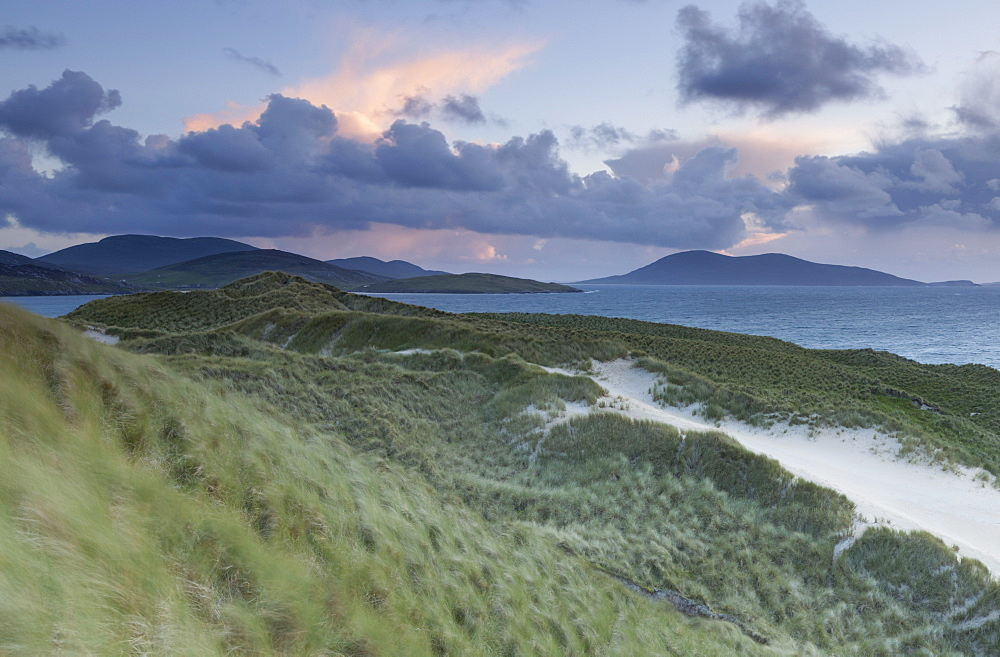 A view across the Sound of Taransay from the dunes at Luskentyre, Isle of Harris, Outer Hebrides, Scotland, United Kingdom, Europe - 842-536