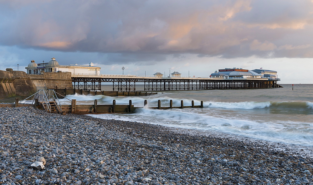 A beautiful sky on a spring morning at Cromer, Norfolk, England, United Kingdom, Europe - 842-570