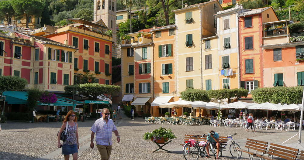 Chiesa Divo Martino and colourful buildings in the harbour, Portofino, Genova (Genoa), Liguria, Italy, Europe  - 844-10256
