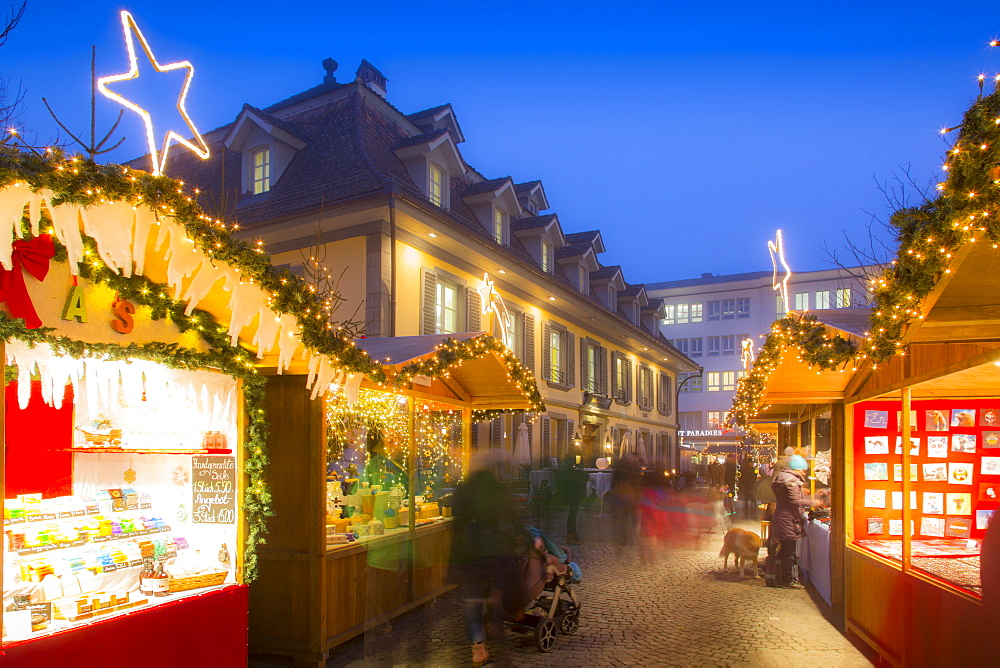 Christmas Market in Balliz, Thun, Jungfrau region, Bernese Oberland, Swiss Alps, Switzerland, Europe