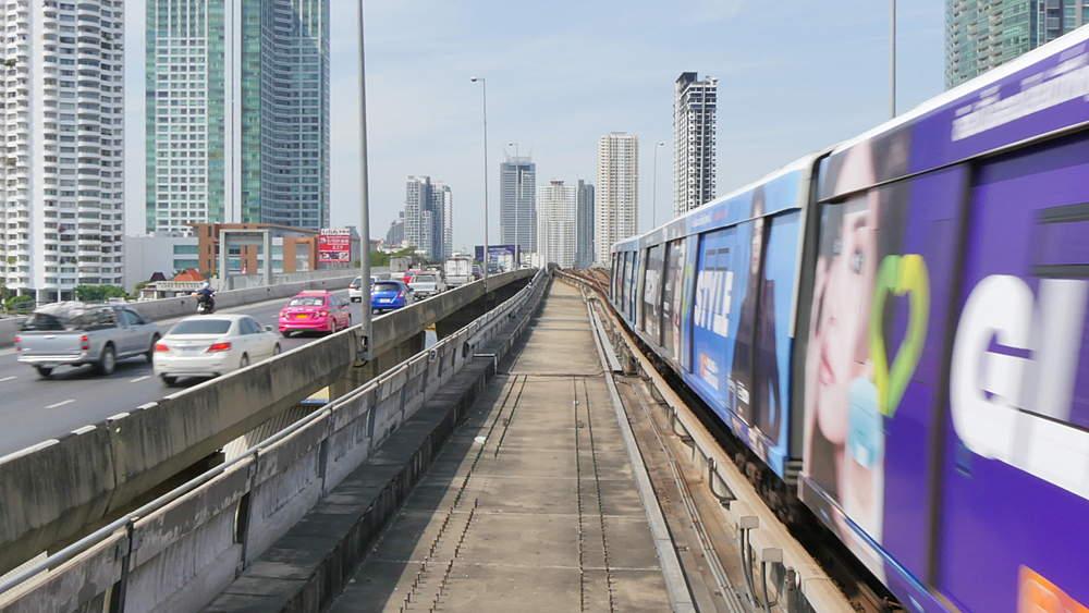 Skytrain leaving station, Bangkok, Thailand, South Asia, Asia