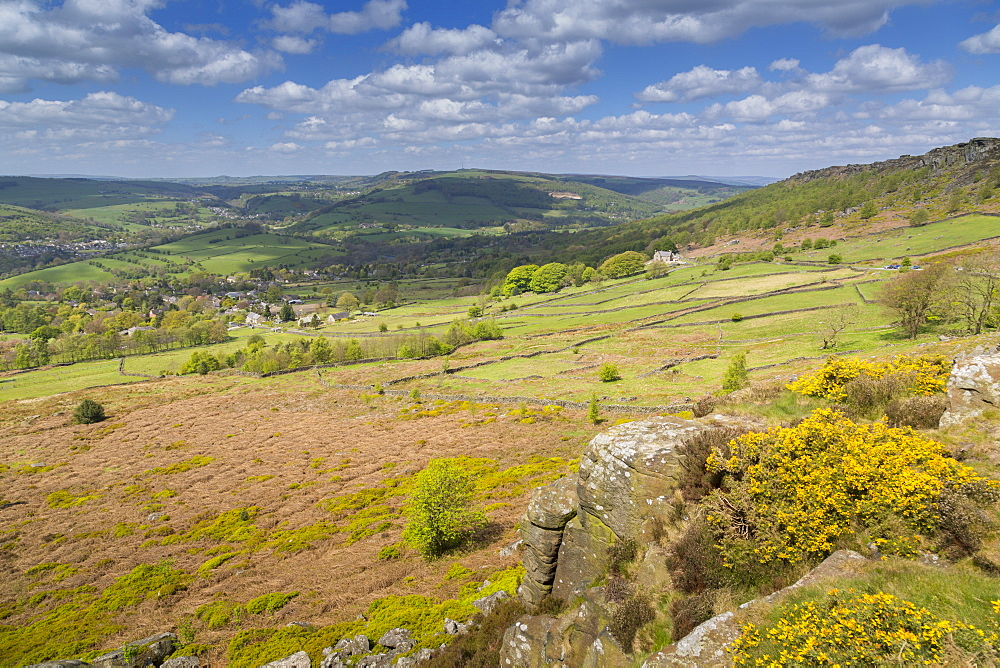 View from Baslow Edge towards Curbar Edge and Calver Village, Derbyshire Dales, Derbyshire, England, United Kingdom, Europe