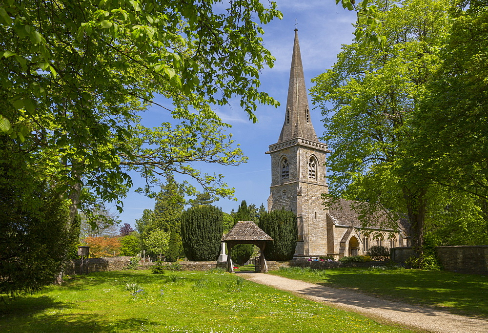 St Mary's Parish Church in Lower Slaughter, Cotswolds, Gloucestershire, England, UK, Europe - 844-12768