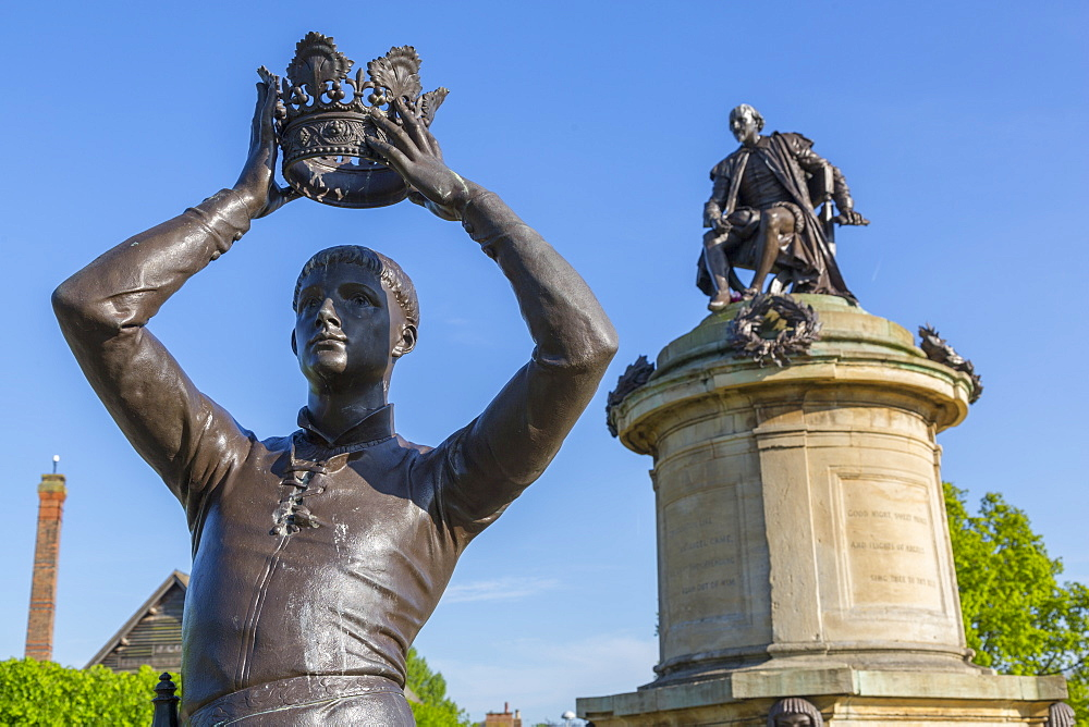 Gower Memorial and Prince Hal statue, Stratford Upon Avon, Warwickshire, England, UK, Europe - 844-12774