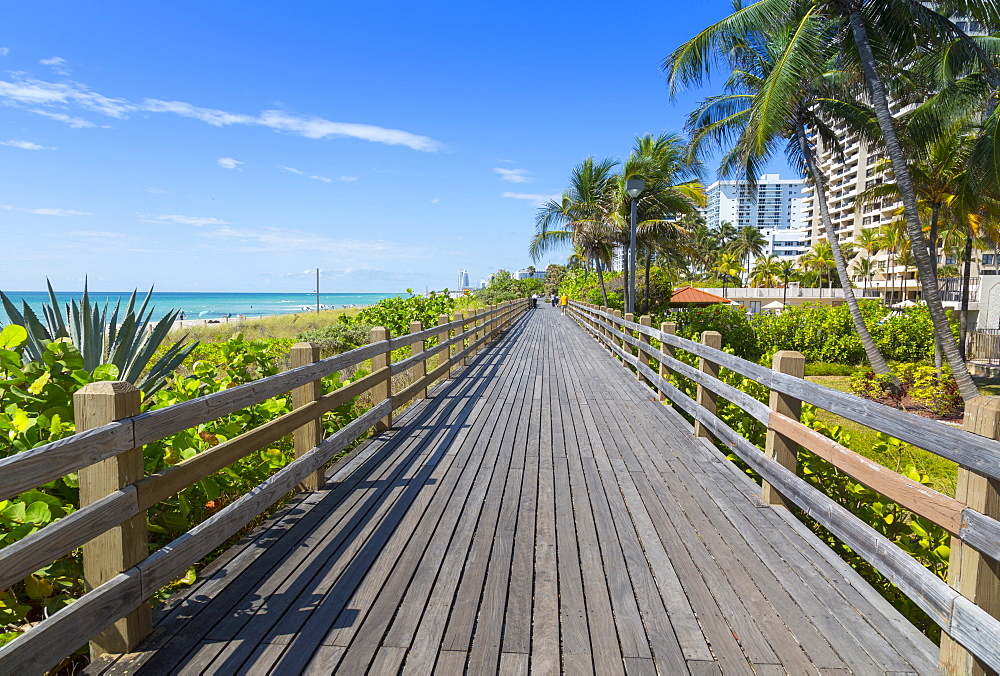Boardwalk along South Beach towards Ocean Drive, Miami Beach, Miami, Florida, United States of America, North America