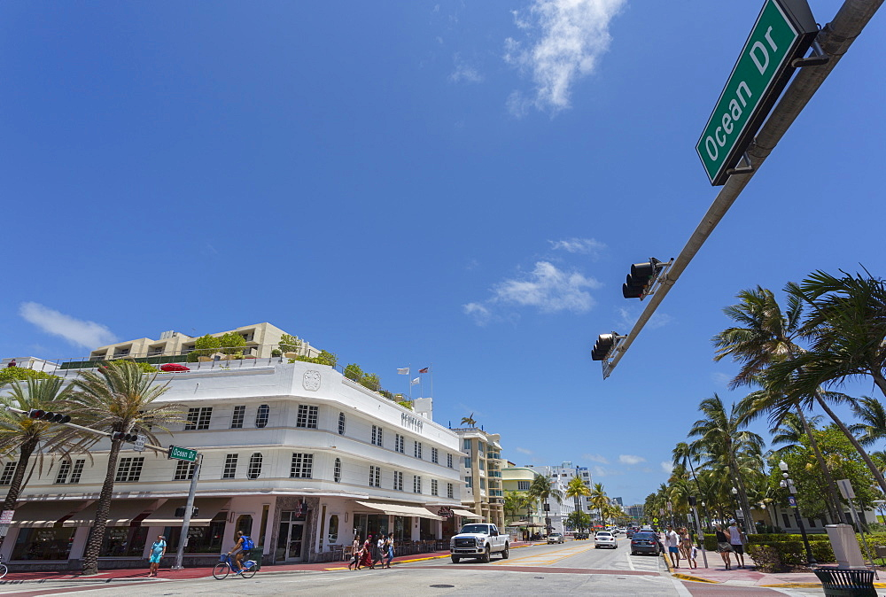 Wide view of Ocean Drive and Art Deco architecture, Miami Beach, Miami, Florida, United States of America, North America