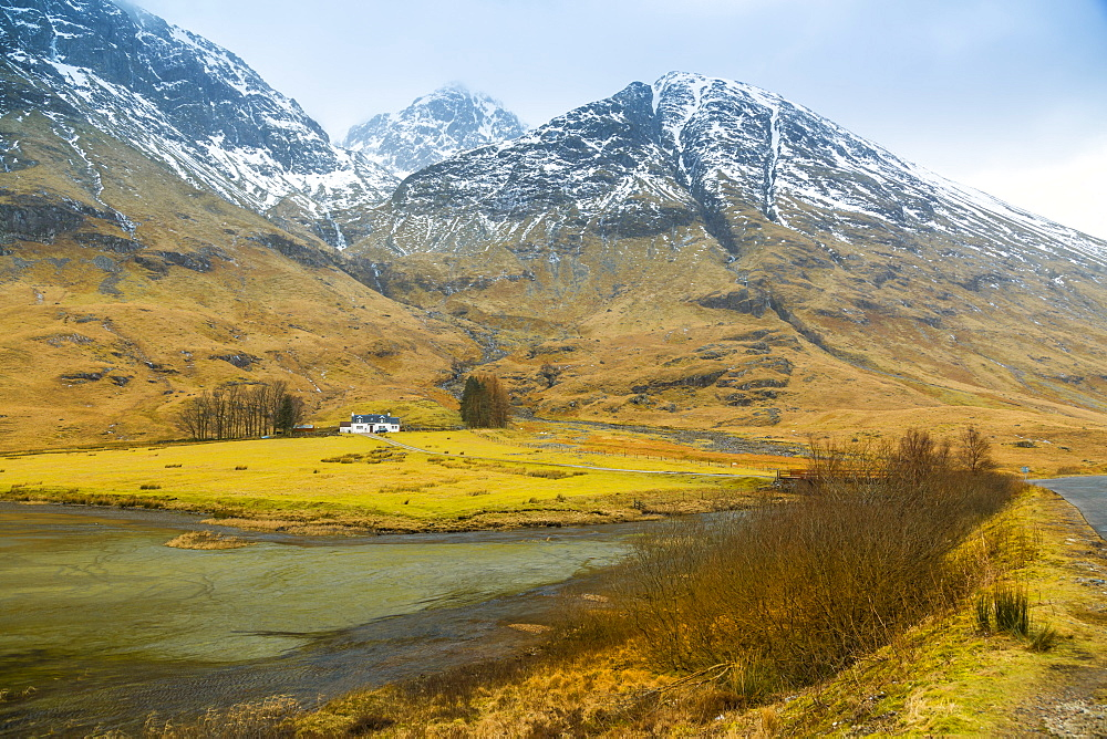 Isolated cottage in the Glencoe Valley during winter snow storm, Glencoe, Highland Region, Scotland, United Kingdom, Europe